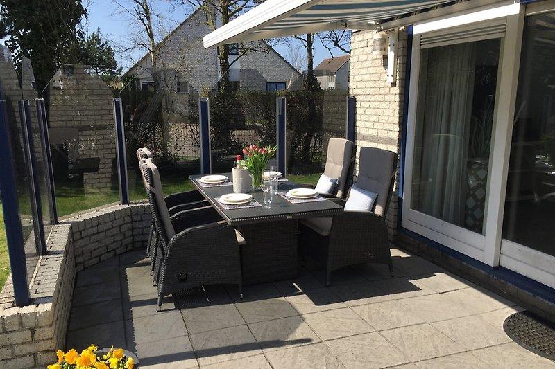 Luxus Gartenmöbel, Windschutz, Markise
