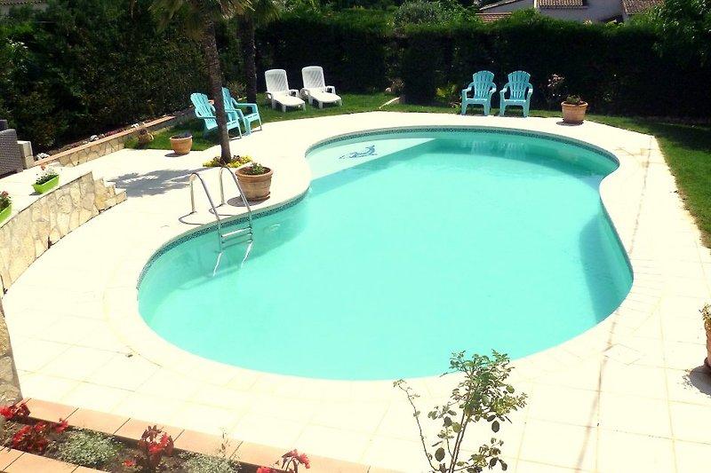 Villa Le Bon Temps___ Appartement A à Mandelieu La Napoule - Image 2