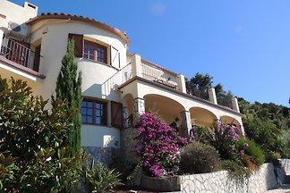 Villa Sienna-Blick auf Meer + Berge