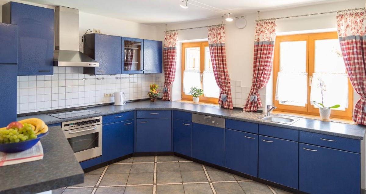 attelblick ferienwohnung in frauenneuharting mieten. Black Bedroom Furniture Sets. Home Design Ideas