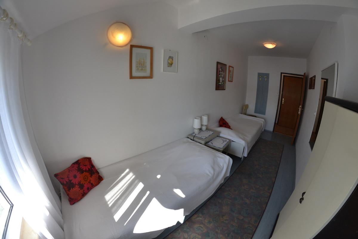 Appartements Vera - Ferienwohnung in Supetarska Draga mieten