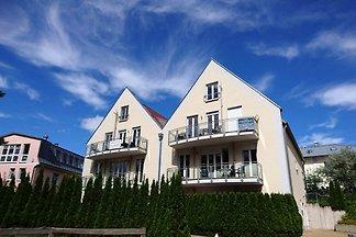 Gemütliche Maisonette-Wohnung im Obergeschoss mit Balkon und zwei Schlafzimmern direkt am Strand-Vorplatz von Trassenheide!