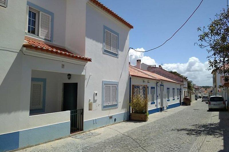 Das Haus in der hübschen Dorfstraße