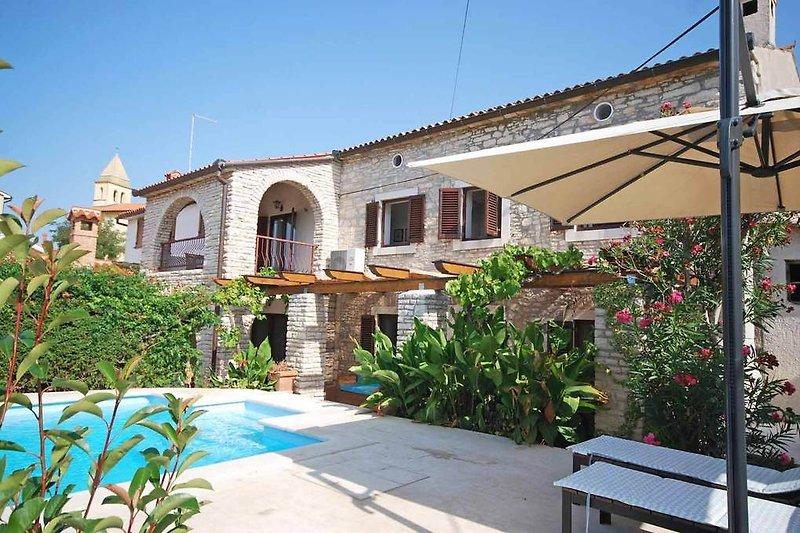 Liznjan Villa