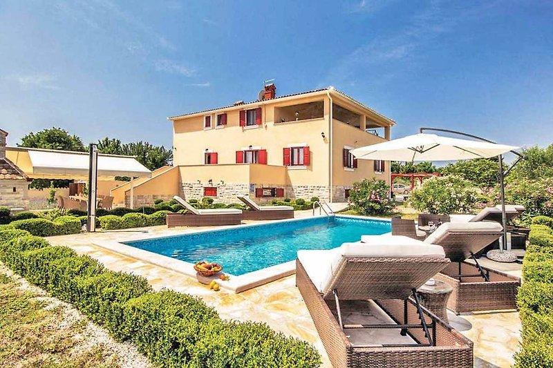 Villa De Sissiano