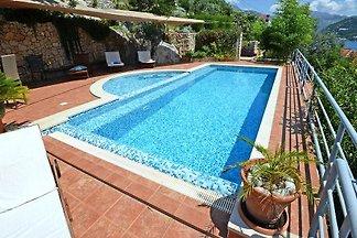 Villa Antiqua