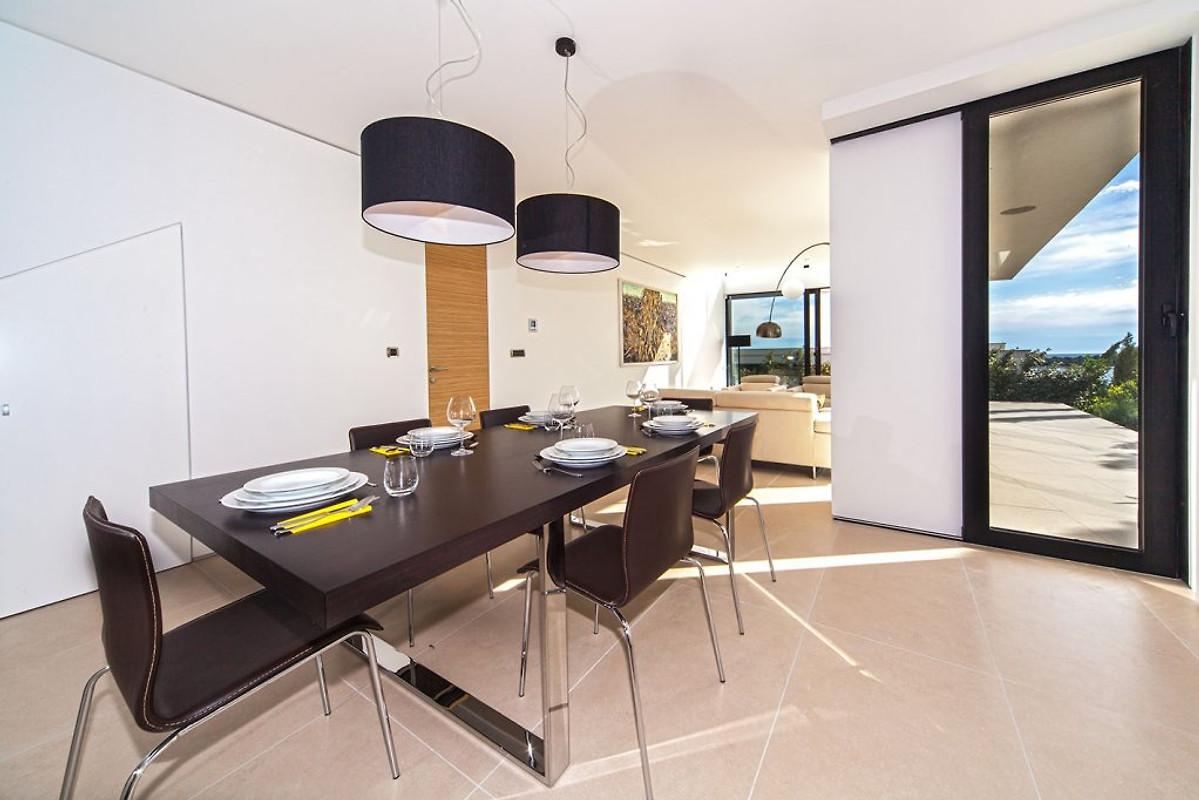 Cristallo blu appartamenti casa vacanze in primo ten for Piani a pianta aperta