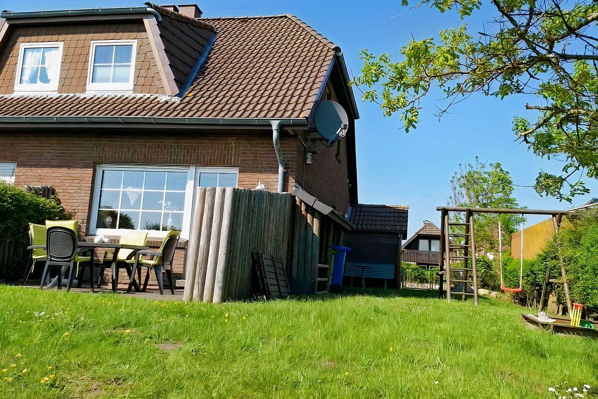 haus seedeich lea in friedrichskoog firma haus seedeich o witt. Black Bedroom Furniture Sets. Home Design Ideas