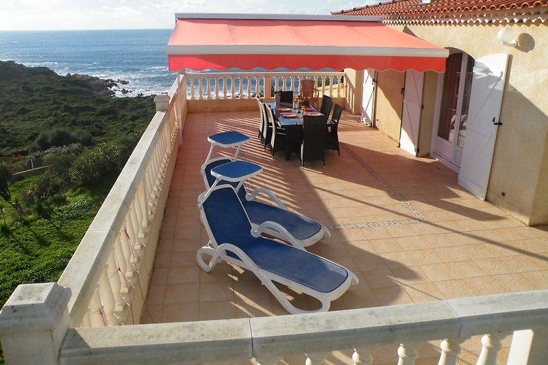 Panorama-Terrasse (55 qm) Komfortwohnung