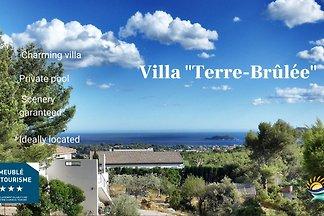Villa 'Terre Brûlée'