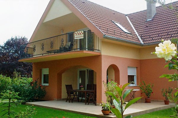 Holiday home in Zamardi - picture 1