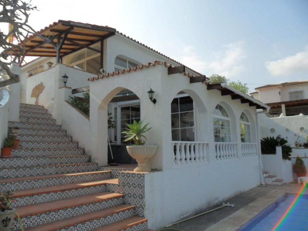 villa rosales ferienhaus in alhaurin de la torre mieten. Black Bedroom Furniture Sets. Home Design Ideas