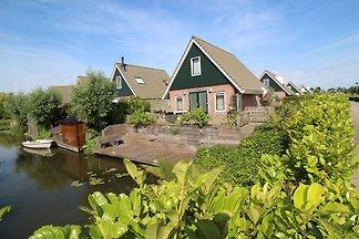 Vakantiepark Klein Giethoorn 12-20