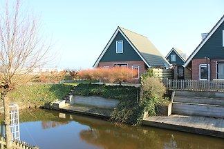 Vakantiepark Klein Giethoorn 12-11