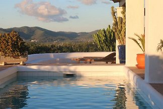 Villa Blanca Castillo Ibiza