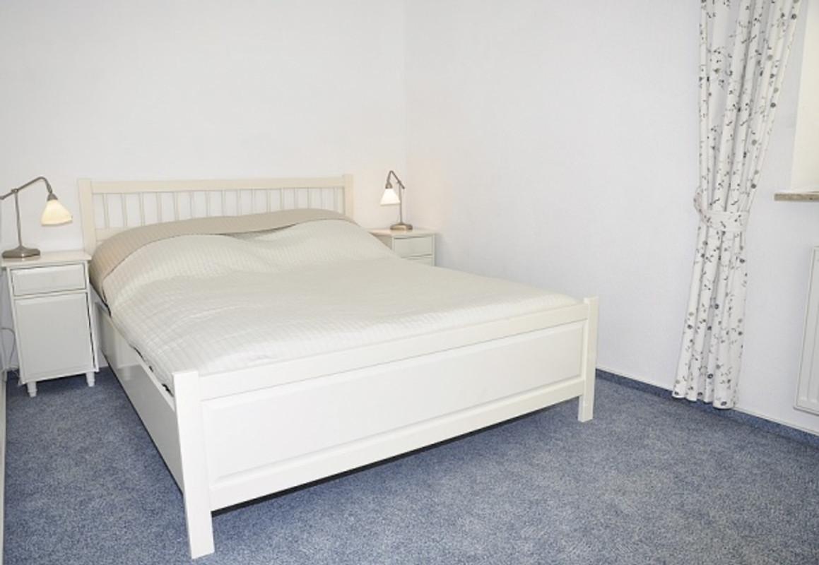 Hafenblick 3 ferienwohnung in laboe mieten - Gemutliche schlafzimmer ...