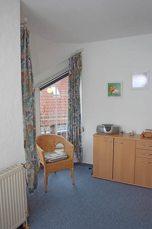 Haus ruth ferienhaus in norddeich mieten - Sitzecke kinderzimmer ...