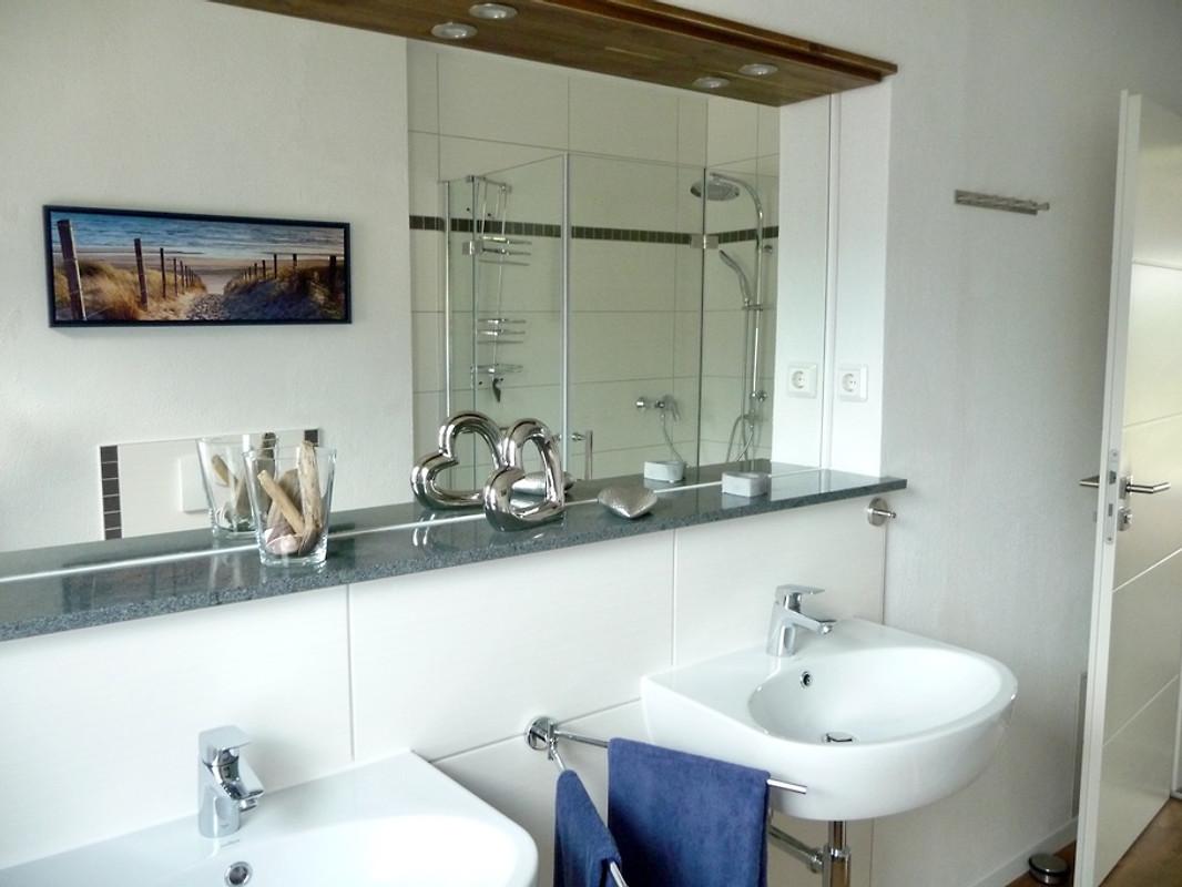 ruhig gelegen geschmackvoll einger ferienhaus in pruchten mieten. Black Bedroom Furniture Sets. Home Design Ideas