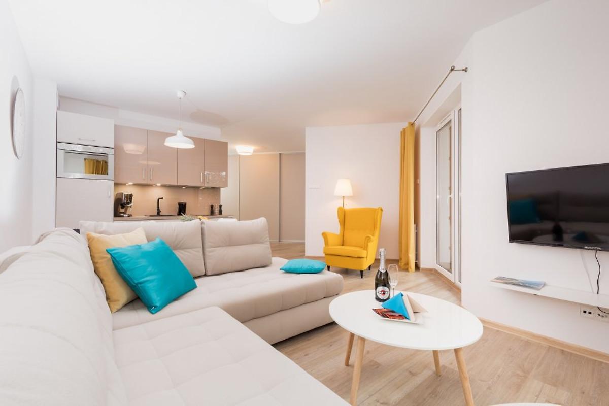 Grace Apartment I Mit Hallenbad In Kolberg Frau Sipinska