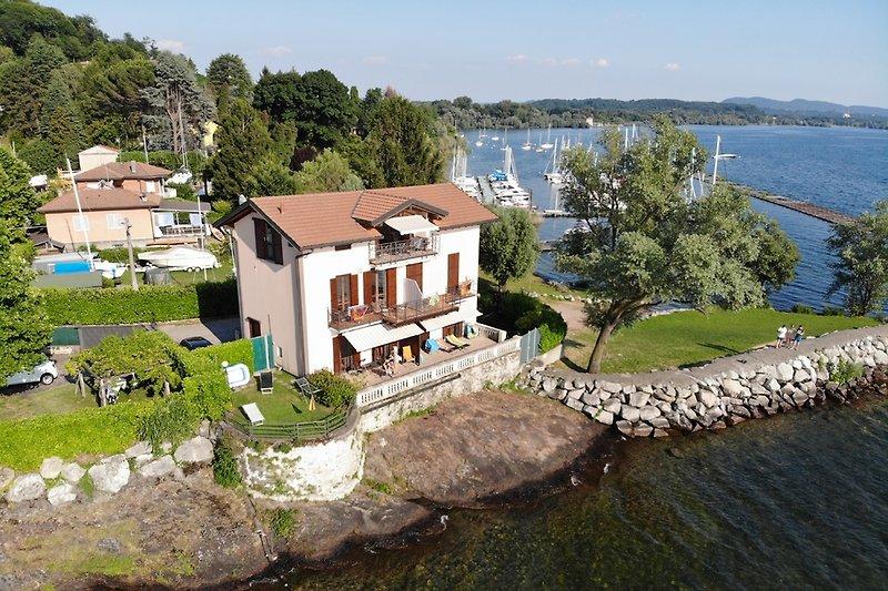 Villa Ottolini Seeseite
