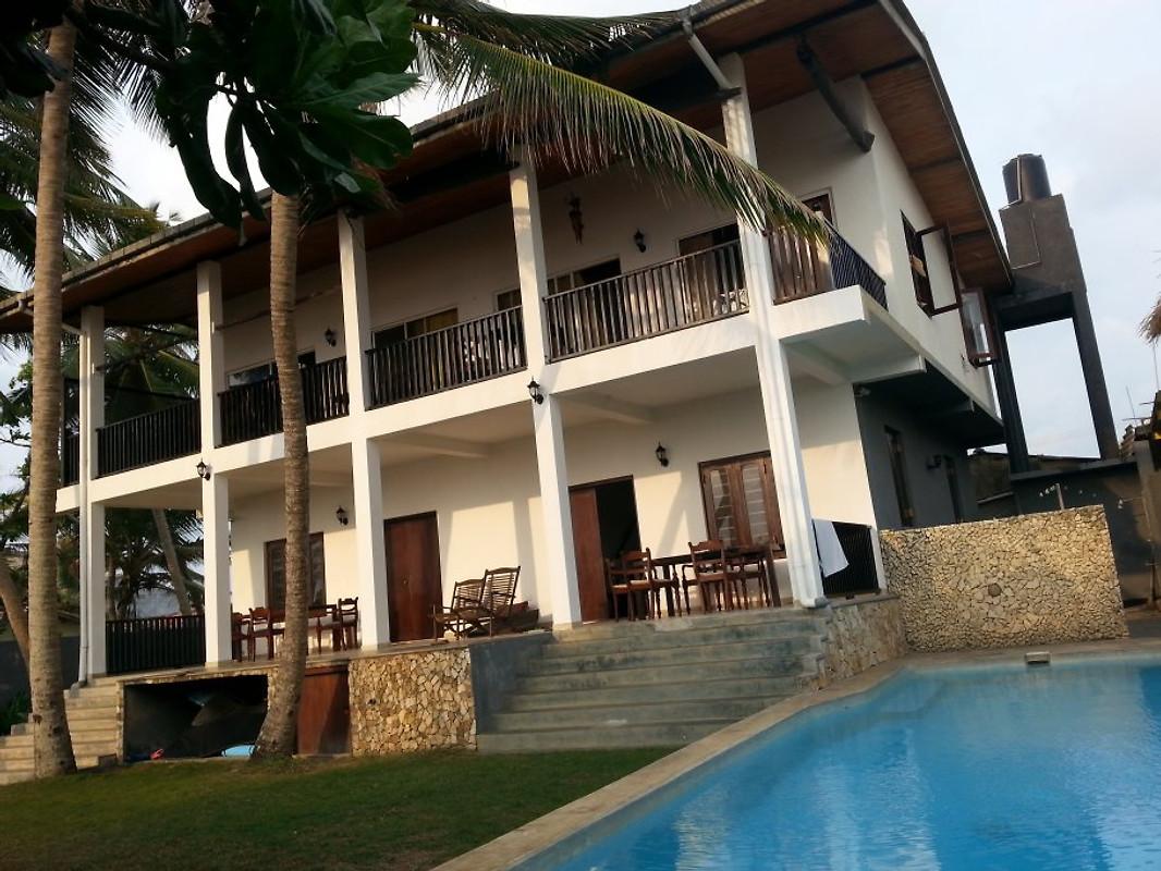 villa kand yin ferienhaus in dodanduwa mieten. Black Bedroom Furniture Sets. Home Design Ideas