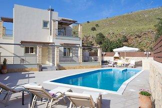 Stone & Green Villa