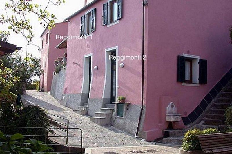 Reggimonti House