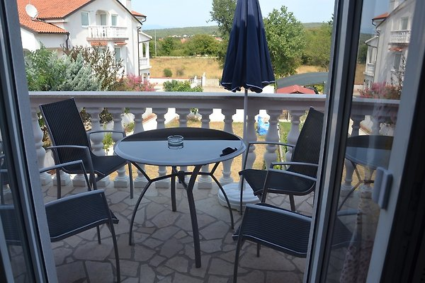 appartments letica ferienwohnung in malinska mieten. Black Bedroom Furniture Sets. Home Design Ideas