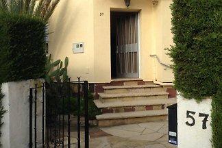 Casa Dorada, Segur de Calafell