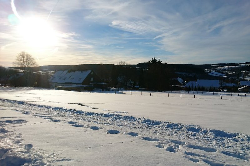 Schnee in Hildfeld bei Winterberg
