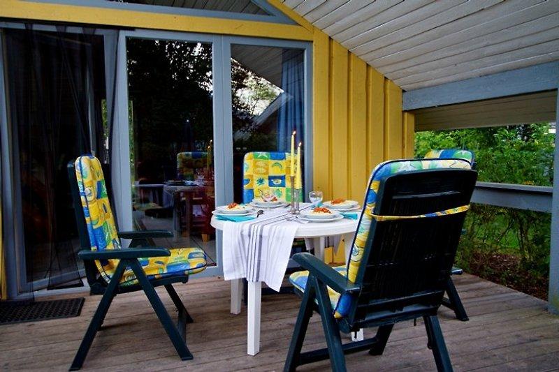Terrasse  Originalbild Eigentum von ferienhausmecklenburg.de