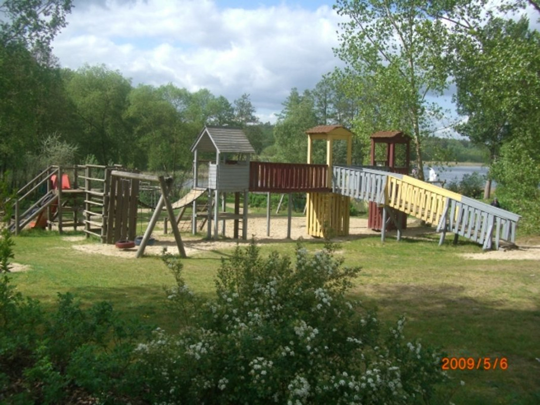 Ferien haus 140 am see holiday home in granzow for Ferien am see