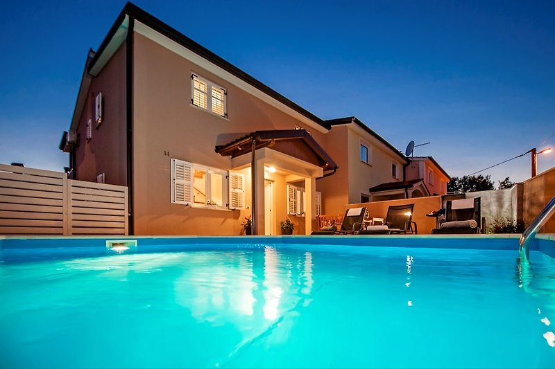 Holiday home Eva with private swimmingpool