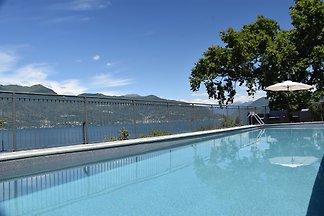 Vakantiehuis Ontspannende vakantie Porto Valtravaglia