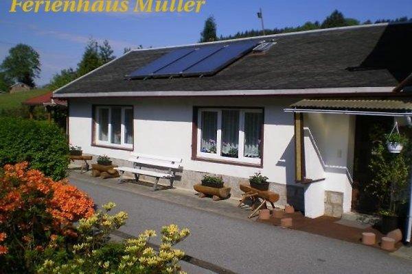 Ferienhaus Müller à Saupsdorf - Image 1