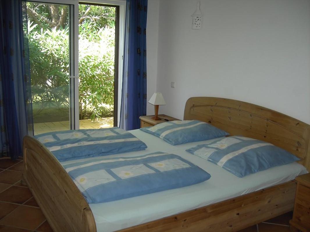 Holiday villa casa claudio vakantiehuis in carvoeiro huren for Moderne meid slaapkamer