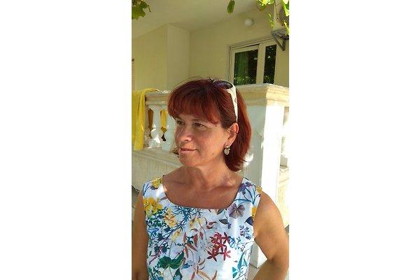 Frau T. ANTUNOVIĆ