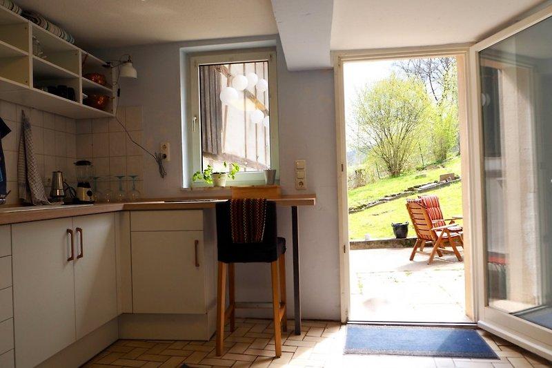 Küche mit Blick nach draußen
