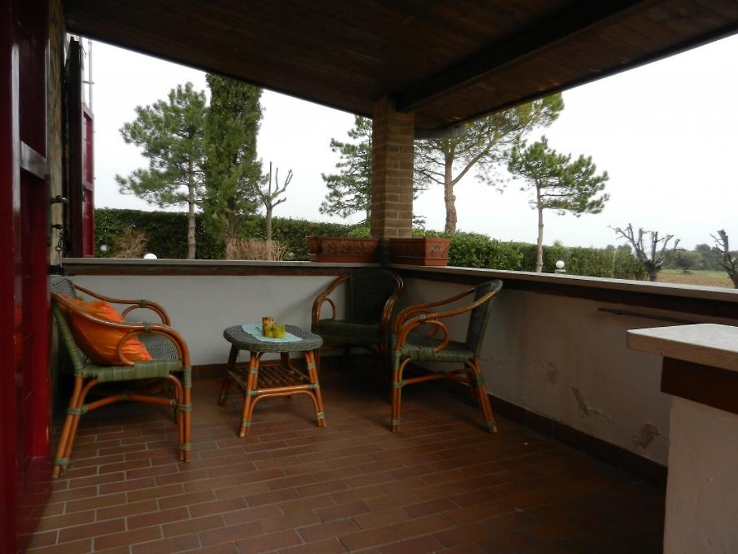 landhaus in altidona italien ferienwohnung in altidona mieten. Black Bedroom Furniture Sets. Home Design Ideas
