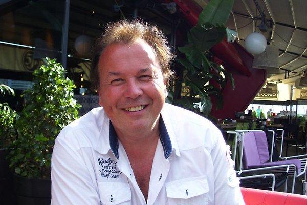 Herr J. Gartner