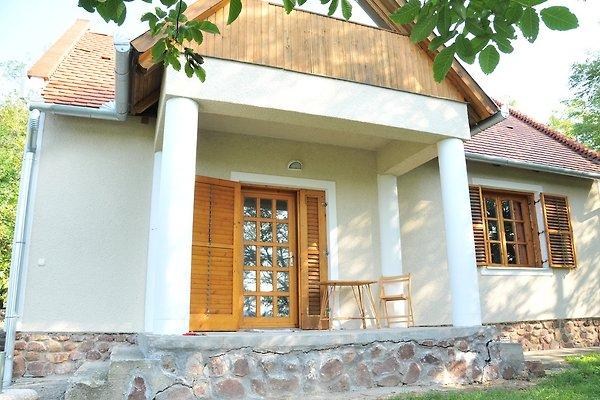 Casa vacanze in Kaptalantoti - immagine 1