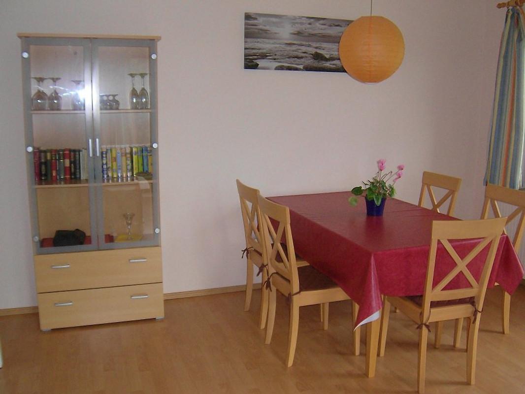 fewoi klocksdorf direkt am see wlan ferienwohnung in klocksdorf mieten. Black Bedroom Furniture Sets. Home Design Ideas