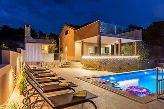 Villa Karmelota