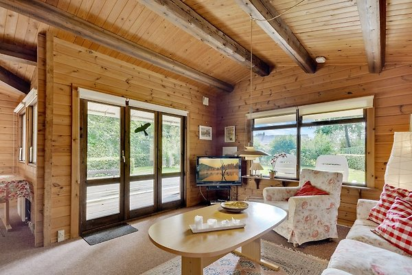sommerhaus aus holz ferienhaus in krus mieten. Black Bedroom Furniture Sets. Home Design Ideas