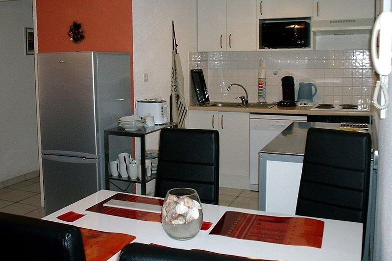 clos pasteur ferienhaus in carcassonne mieten. Black Bedroom Furniture Sets. Home Design Ideas