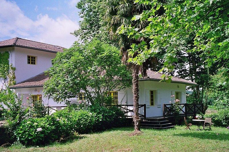 Haus Moulin vom Garten gesehen