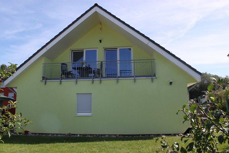 Haus Ansicht mit Loggia