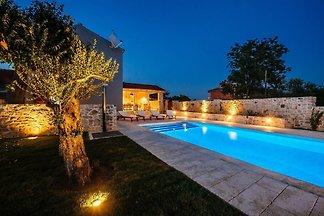 Villa Bandela