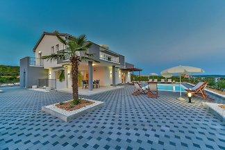 Villa Dalmacija Five