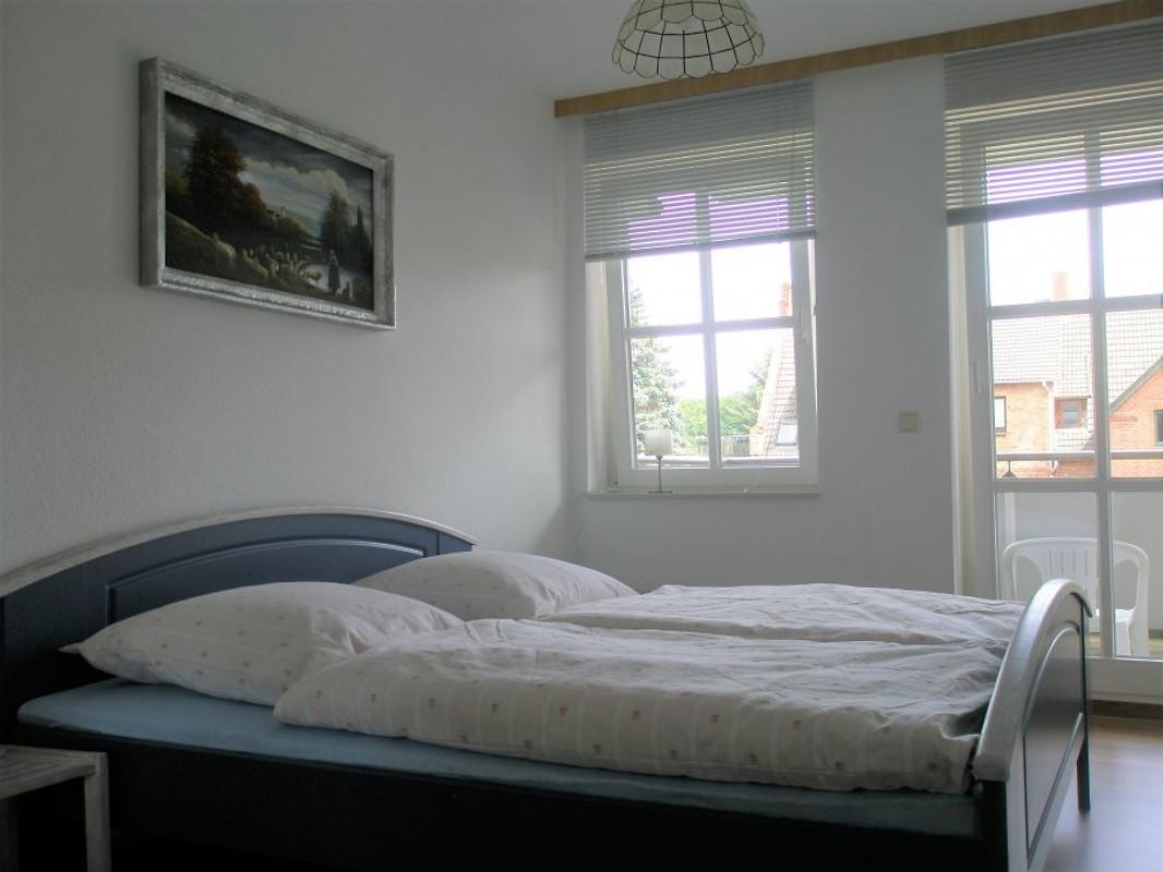 ferienwohnung schwerin stadtrand ferienwohnung in schwerin mieten. Black Bedroom Furniture Sets. Home Design Ideas